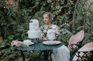 An Alice In Wonderland Styled Shoot at Crook Hall (c) Hannah Joy Photography (8)