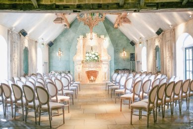 Stella York for a Romantic Wedding at Le Petit Chateau (c) Helen Russell Photography (3)
