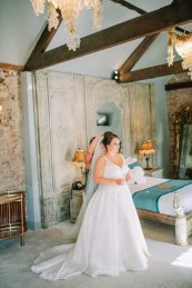 Stella York for a Romantic Wedding at Le Petit Chateau (c) Helen Russell Photography (7)