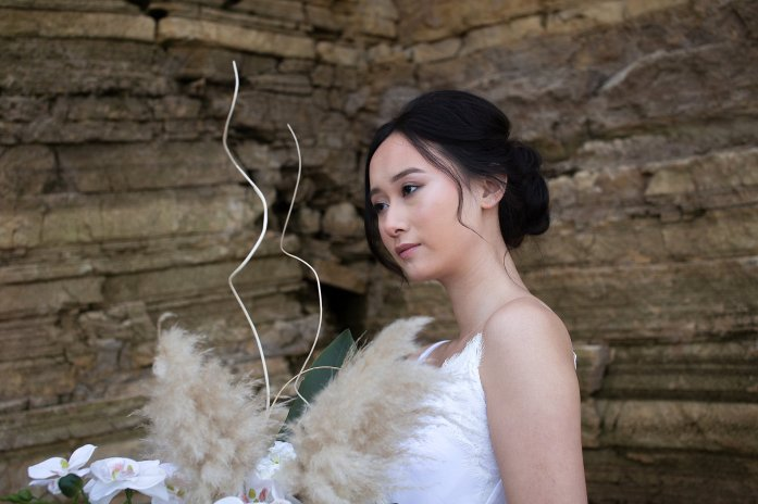 A Contemporary Coastal Bridal Shoot at Marsden Rock (c) Leanne Elizabeth Photography (1)