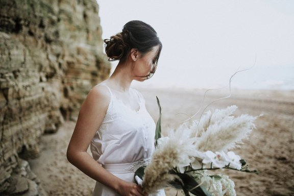 A Contemporary Coastal Bridal Shoot at Marsden Rock (c) Leanne Elizabeth Photography (16)