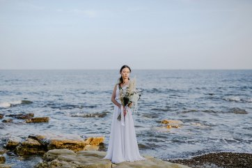 A Contemporary Coastal Bridal Shoot at Marsden Rock (c) Leanne Elizabeth Photography (23)