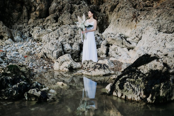 A Contemporary Coastal Bridal Shoot at Marsden Rock (c) Leanne Elizabeth Photography (24)