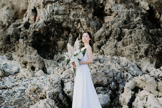 A Contemporary Coastal Bridal Shoot at Marsden Rock (c) Leanne Elizabeth Photography (25)