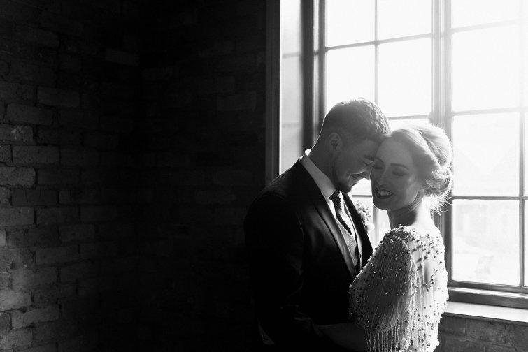 A Cool Styled Bridal Shoot at The Chimney House (c) Folega Photography (39)