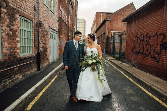 A Woodland Wedding at Trafalgar Warehouse (c) Ellie Grace Photography (37)