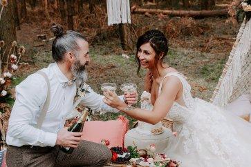 Wild styled bridal shoot (c) The Malyn Edit (34)