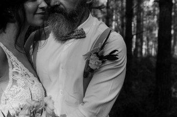 Wild styled bridal shoot (c) The Malyn Edit (9)