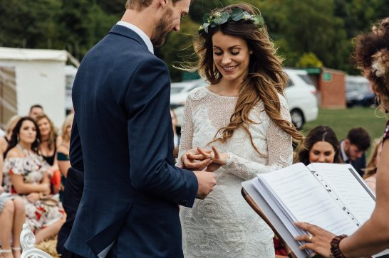 A Boho Wedding in The Peak District (c) Ellie Grace Photography (11)