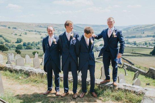 A Stylish Wedding in Yorkshire (c) Laura Calderwood Photography (24)