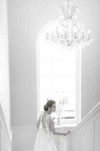 An Elegant Styled Bridal Shoot at Delamere Manor (c) Zehra Jagani (21)