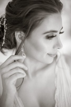An Elegant Styled Bridal Shoot at Delamere Manor (c) Zehra Jagani (8)