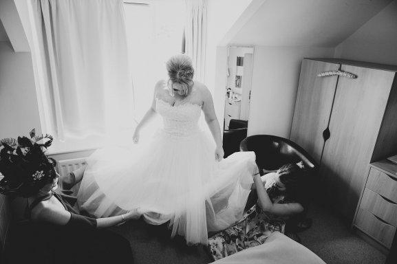 A Multicoloured Wedding at Danby Castle (c) Benni Carol Photography (9)
