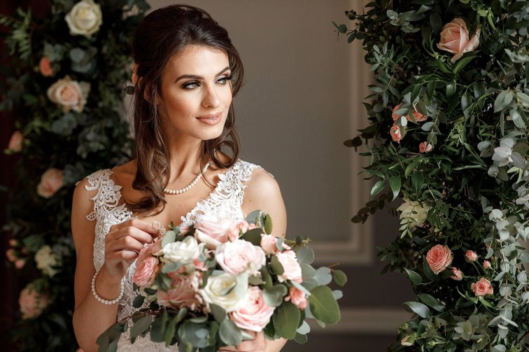 A Romantic Bridal Shoot in Manchester (c) Zehra Jagani (28)