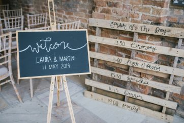 A Rustic Wedding at Barmbyfield Barns (c) Amy Jordison Photography (13)
