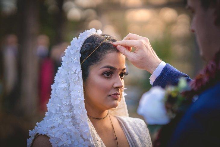 A Winter Wedding at Le Petit Chateau (c) JPR Shah (49)
