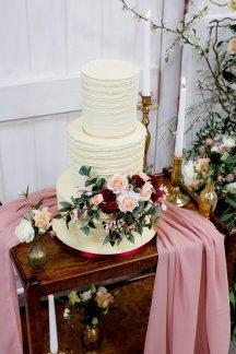 Rustic Wedding Styled Shoot (c) Little Sixpence Photography (14)