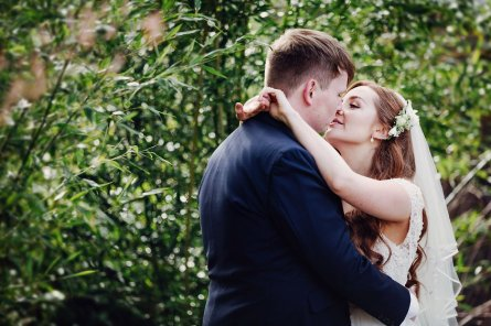 A Spring Wedding at Le Petit Chateau (c) Forget Me Knot Weddings (33)