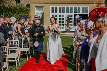 An Elegant Wedding at Ednam House (c) Rosie Davison Photography (24)