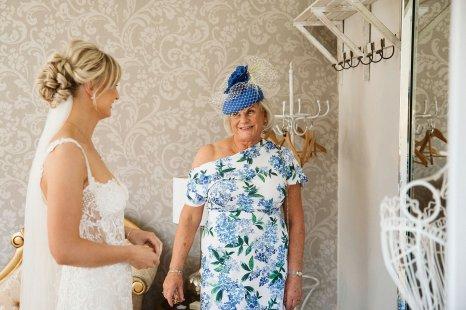 An Elegant Wedding at Ellingham Hall (c) Margarita Hope (15)