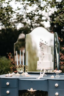 A Summer Styled Shoot at Whinstone View (c) Natalie Pluck (40)