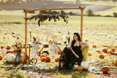 Halloween Bridal Shoot (c) Freya Raby (1)