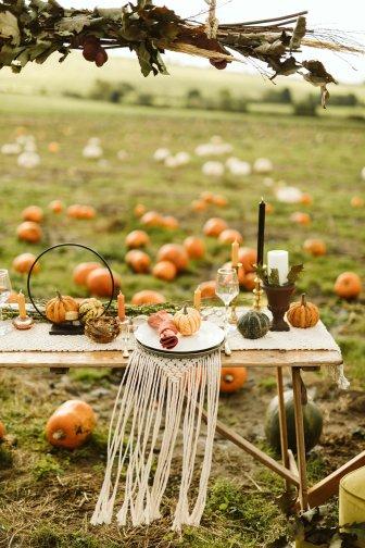 Halloween Bridal Shoot (c) Freya Raby (21)