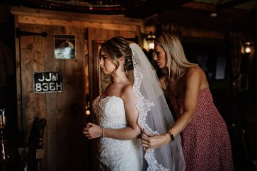 A Rustic Wedding at South Causey Inn (c) Chocolate Chip Photography (16)