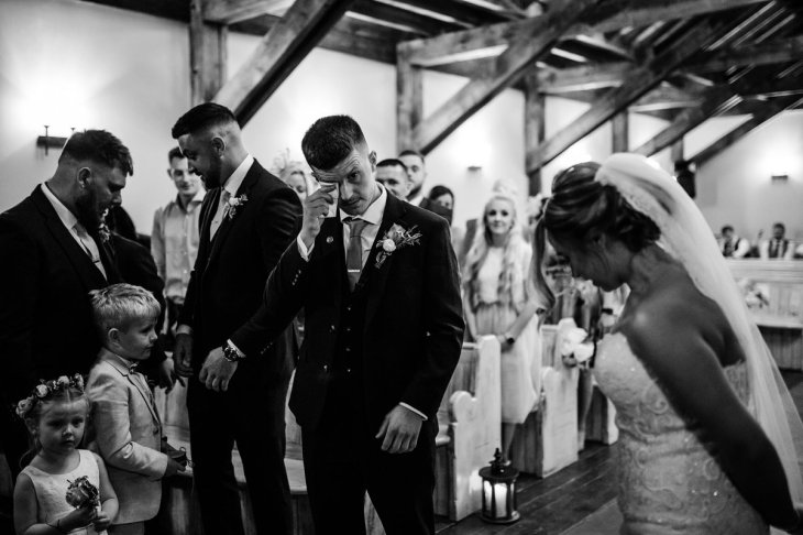 A Rustic Wedding at South Causey Inn (c) Chocolate Chip Photography (24)