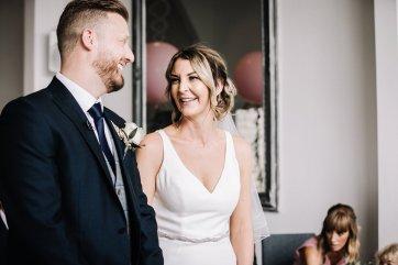 A Pretty Wedding at Holmfirth Vineyard (c) Glix Photography (13)