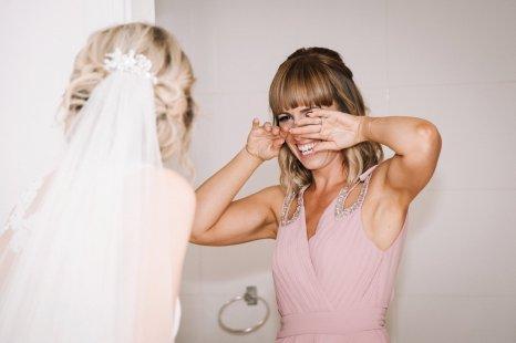 A Pretty Wedding at Holmfirth Vineyard (c) Glix Photography (22)