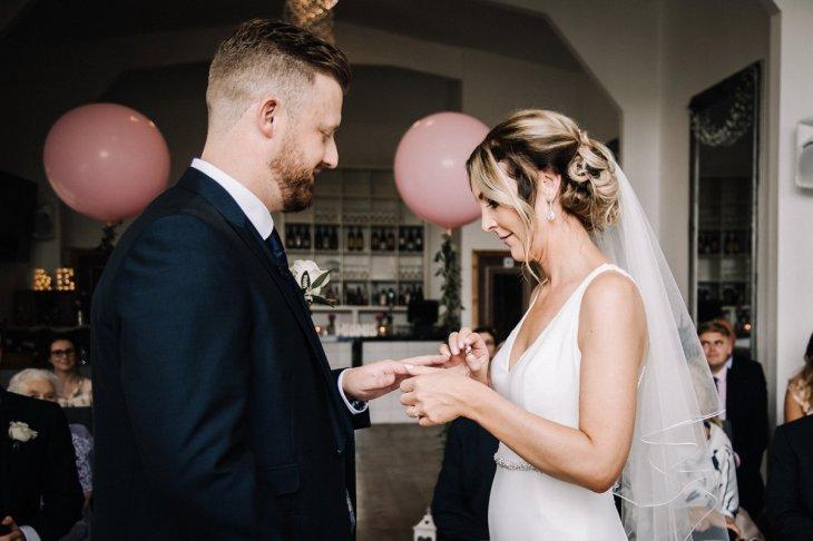 A Pretty Wedding at Holmfirth Vineyard (c) Glix Photography (26)