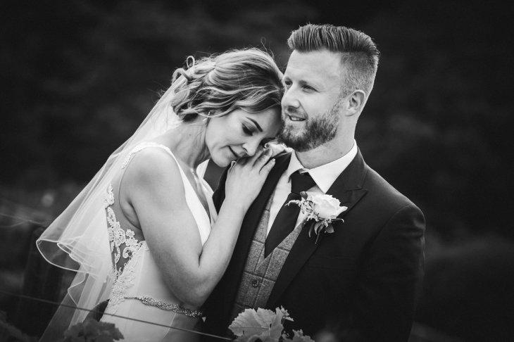 A Pretty Wedding at Holmfirth Vineyard (c) Glix Photography (38)