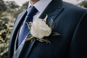 A Pretty Wedding at Holmfirth Vineyard (c) Glix Photography (6)