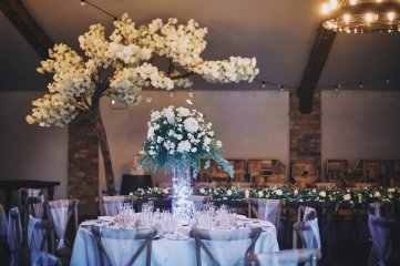 A Rustic Summer Wedding at Villa Farm (c) Bethany Clarke (3)