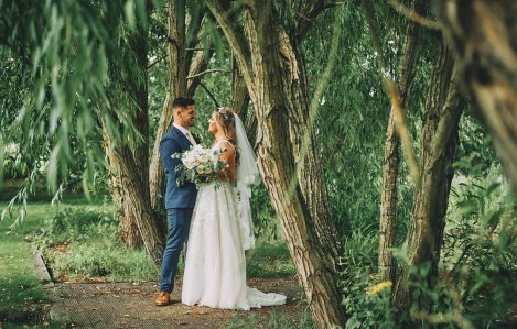 A Rustic Summer Wedding at Villa Farm (c) Bethany Clarke (57)