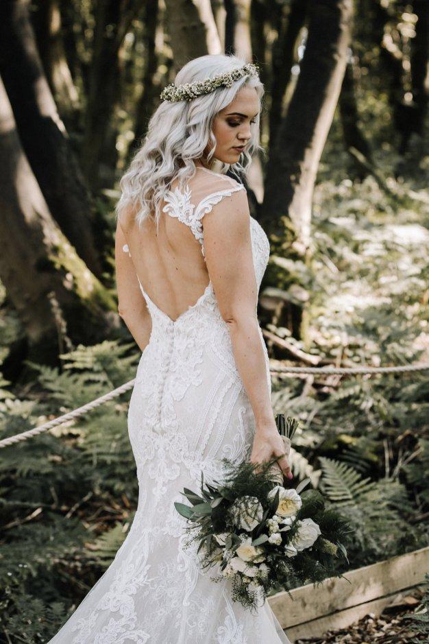 A Whimsical Wedding Shoot (c) Glix Photography (11)