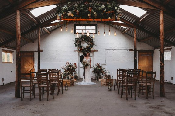 A Styled Shoot at White Sykes Fields (c) Charlotte Nelson Photography (31)