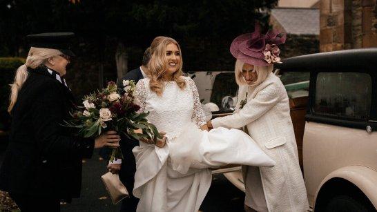 Jesus Peiro for an autumn wedding at Middleton Lodge (c) Jules Barron (22)