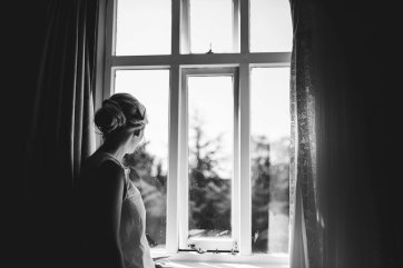 A Relaxed Wedding At East Riddlesden Hall (c) Hayley Baxter Photography (16)