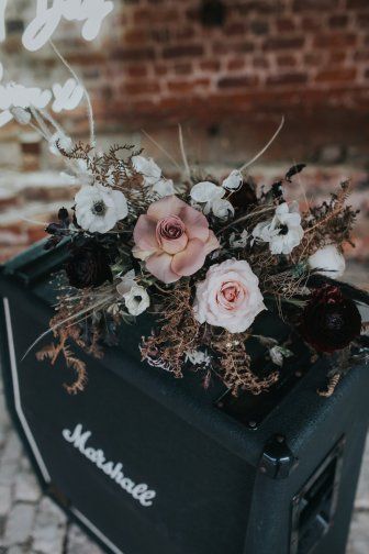 Chic Rock Styled Bridal Shoot (c) Marie Anson Photography (32)