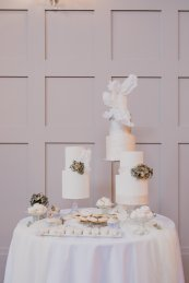 A Swan Lake Styled Shoot at Thickett Priory (c) Victoria Baker Weddings (10)