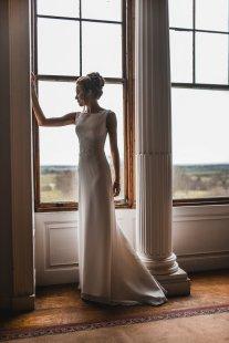 A ballet inspired bridal shoot at Leadenham Estate (c) Kyle Baxter Photography (16)
