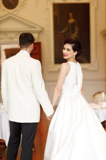 A Romantic Wedding Shoot at Hawkstone Hall (c) Zehra Jagani (31)