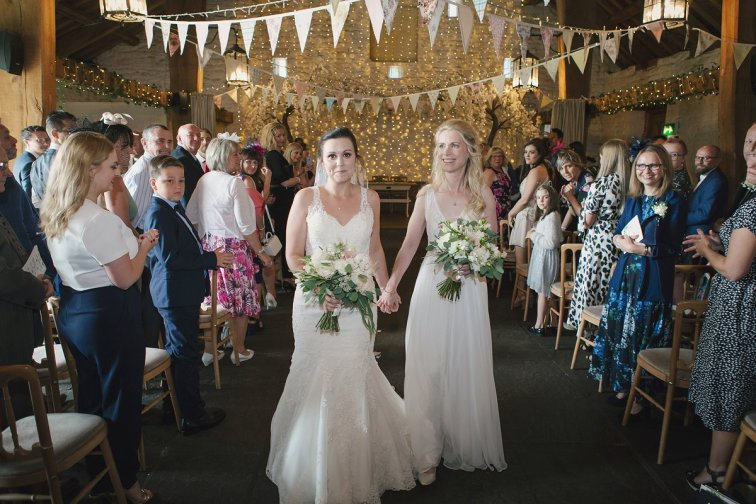 A Rustic Wedding at East Riddlesden Hall (c) Lissa Alexandra Photography (45)