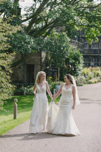 A Rustic Wedding at East Riddlesden Hall (c) Lissa Alexandra Photography (61)