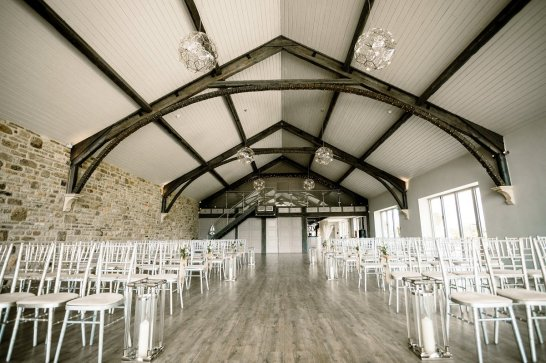 A Rustic Wedding at Yorkshire Wedding Barn (c) Hayley Baxter Photography (18)