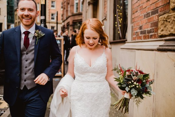 A Chic City Wedding at King Street Townhouse (c) Kate McCarthy (45)