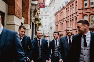 A Chic City Wedding at King Street Townhouse (c) Kate McCarthy (5)