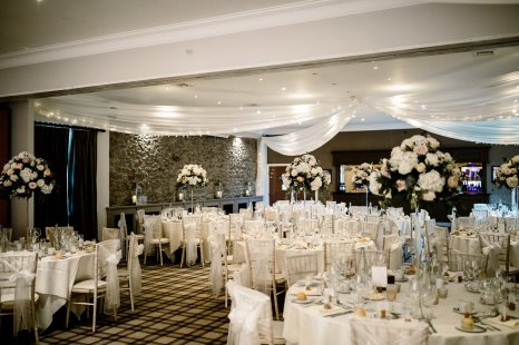 A Pretty Wedding at The Coniston Hotel (c) Hayley Baxter Photography (44)